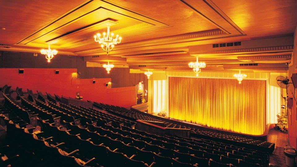 Film Festivals: An Alternate Distribution System - Vaak